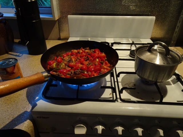 Made the best chilli on fresh tomatoes. Next time hopefully it will be on our own beans and onion too.